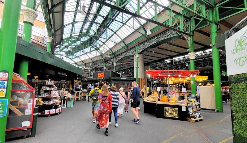 倫敦知名市集之一:波羅市集(Borough Market),白天版的倫敦夜市,可以找到許多異國料理。