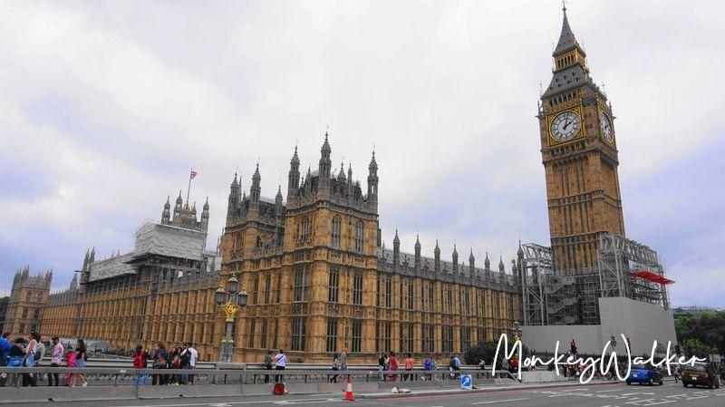 倫敦市區必看景點:大笨鐘與國會大廈,不管近看遠看都很壯闊。