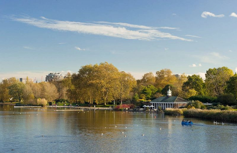 倫敦的海德公園(Hyde Park),占地廣大,行程走累了可以在這裡休息、看看動物。