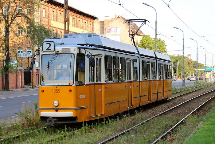 布達佩斯的交通工具輕軌2號