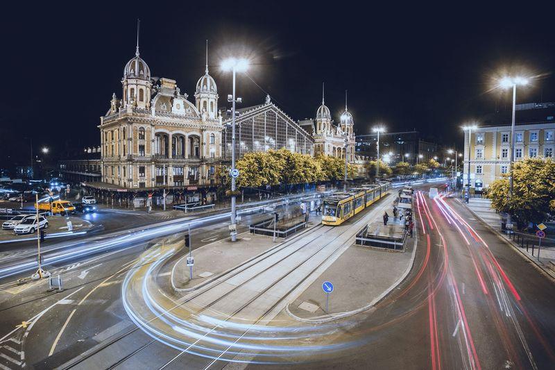 布達佩斯的Nyugati火車站,位在市中心。